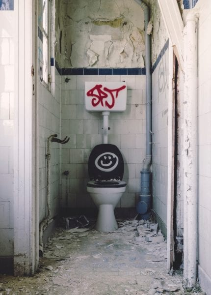 Picture of dirty toilet